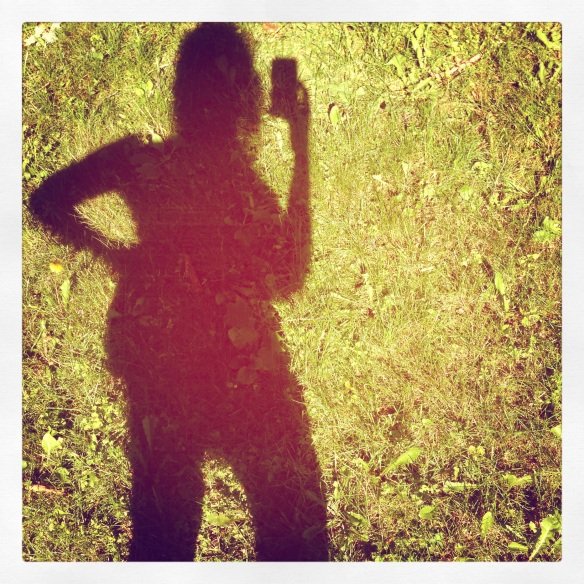 selfie shadow in the grass