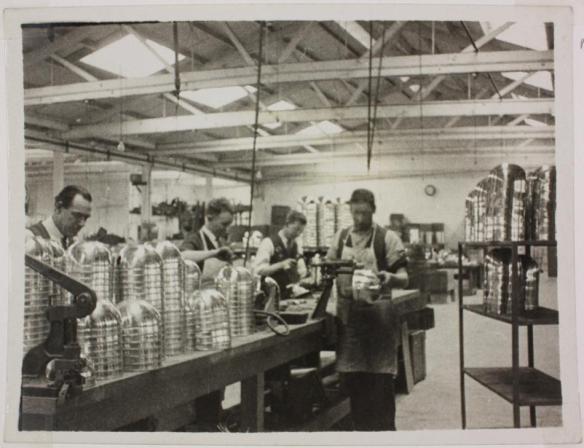 b&w manufacturing2